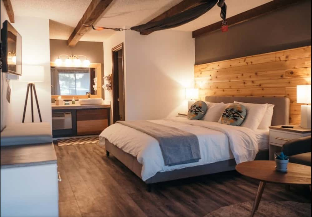 dog friendly lodge in Bend