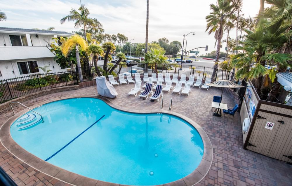 Laguna Beach Lodge pool