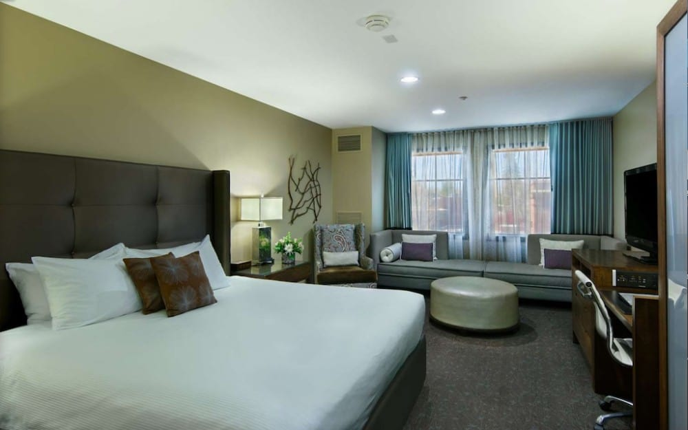Eco and pet friendly hotel in Bend