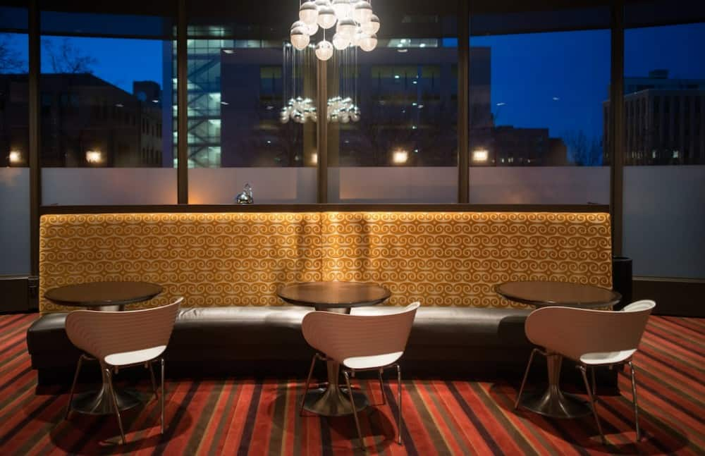 Chic pet friendly hotel in Duluth