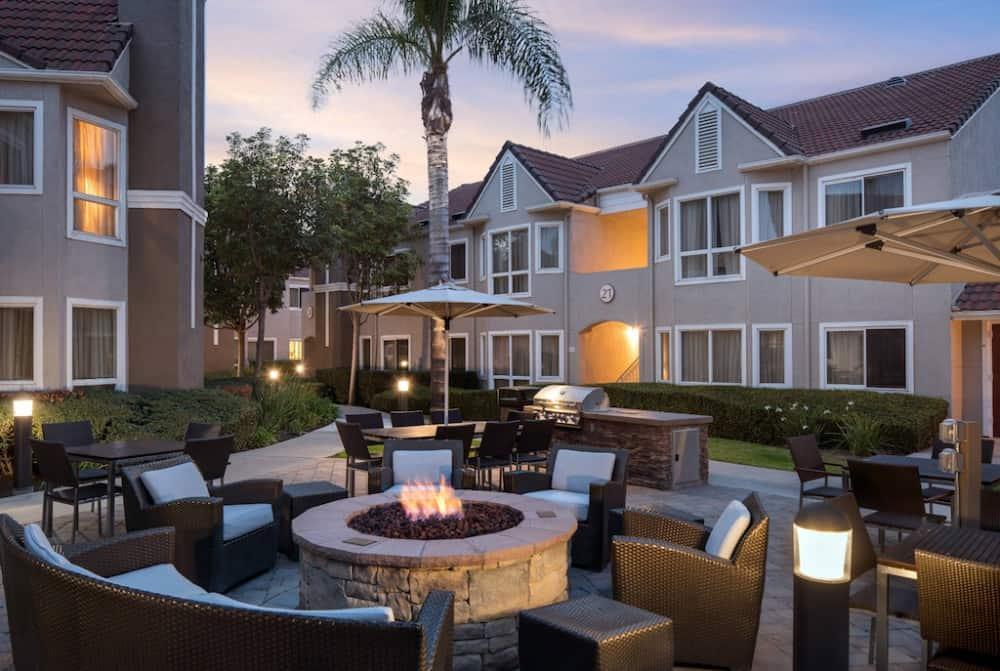 Residence Inn Huntington Beach Fountain Valley - pet friendly