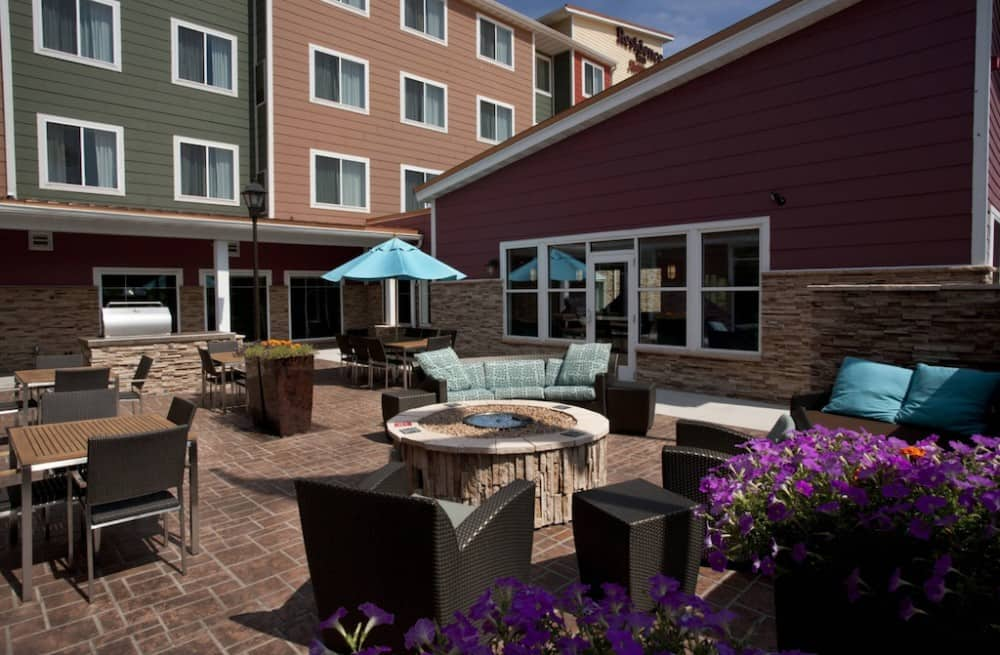 A pet friendly extended stay hotel in Duluth