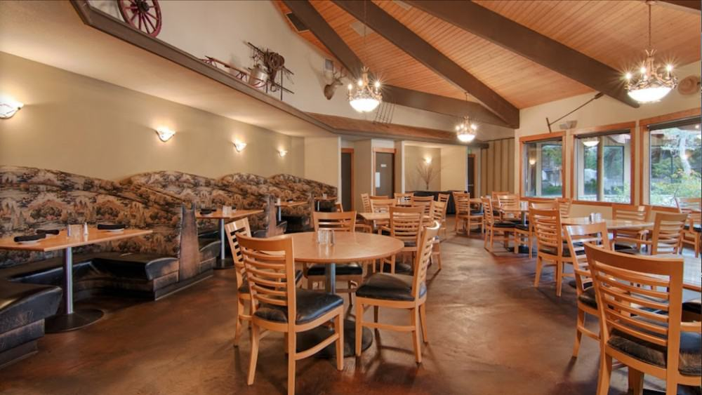 All suite pet friendly hotel in Bend