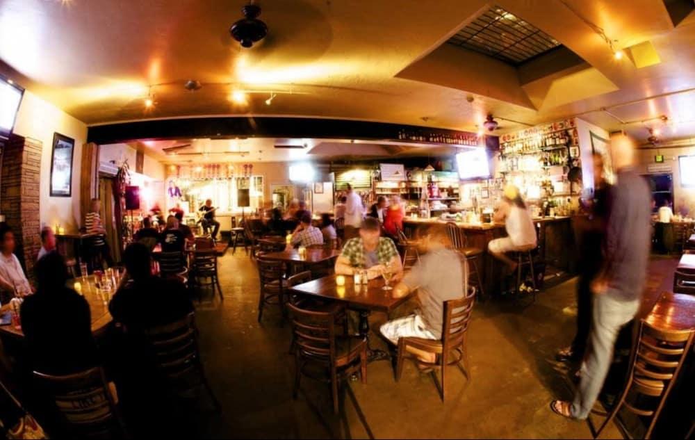 The Brewhouse Santa Barbara - dog friendly restaurants