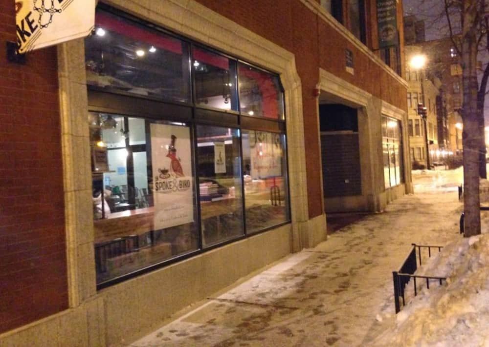 Spoke & Bird - dog friendly restaurant in Chicago