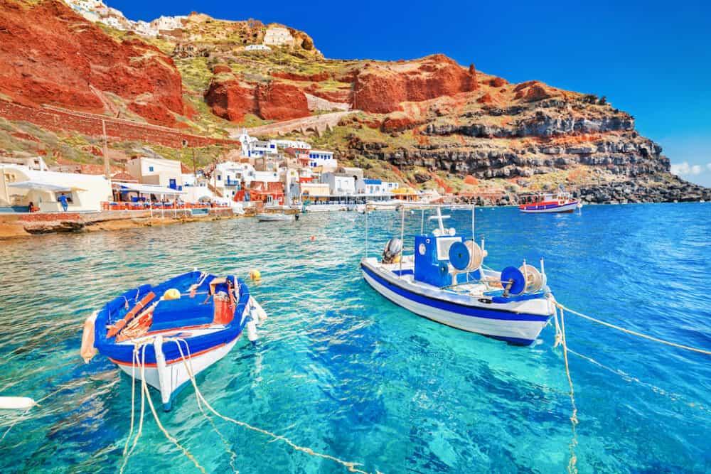 A pretty boat scene in Santorini