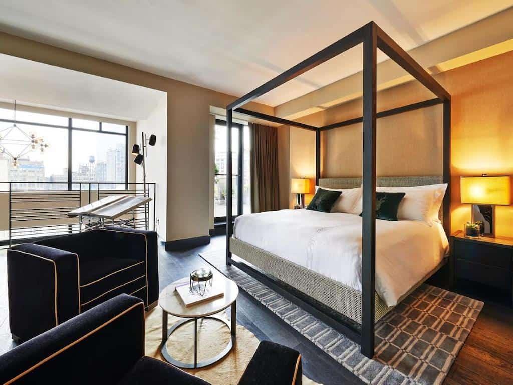 Chic NYC hotel
