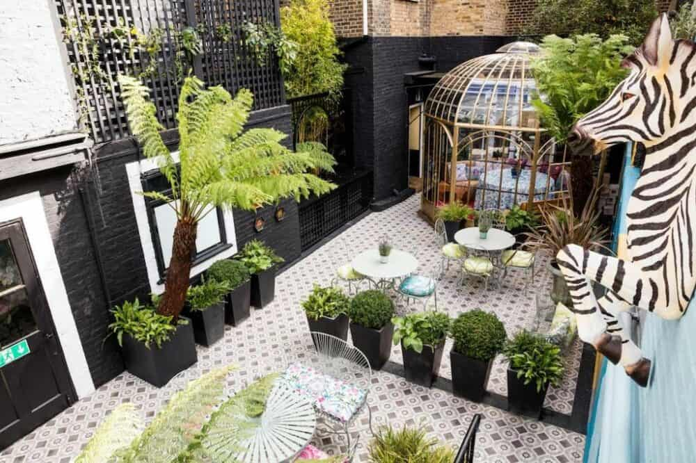 Chic boutique hotel in London