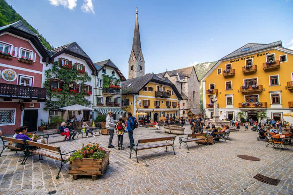 Hallstatt main square - the prettiest places to visit in Austria