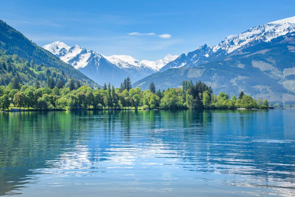 Stunning lake scenery of Zell am See Austria