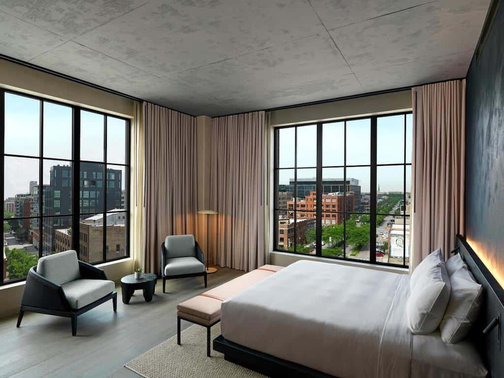 Chic couple's hotel Chicago