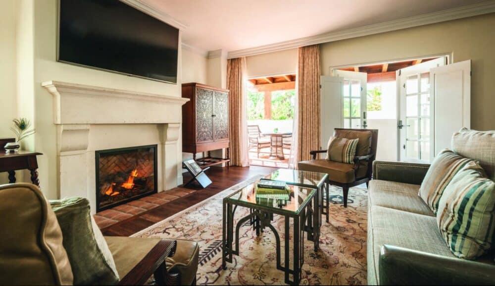 A romantic guest house in Santa Barbara