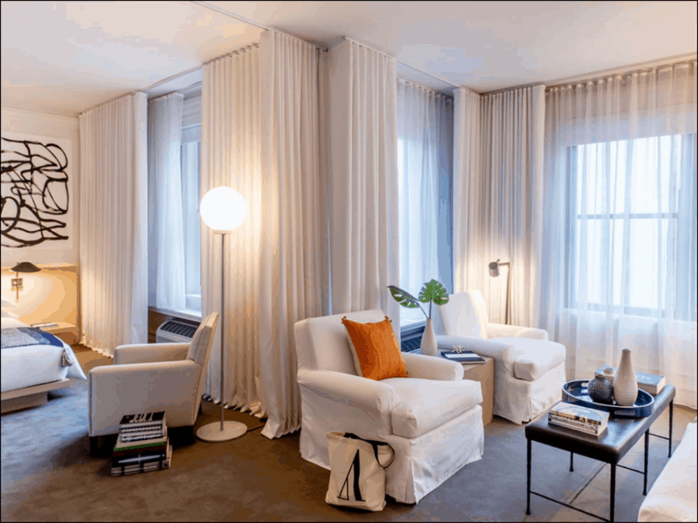 Ambassador Hotel Chicago- a couple's retreat in Chicago