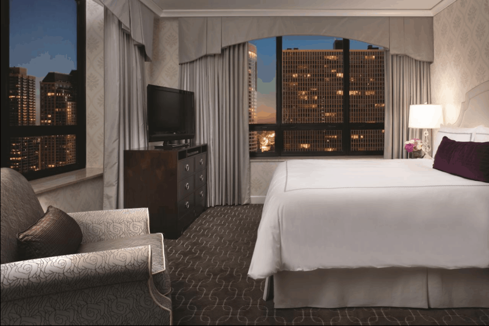 Upscale romantic hotel in Chicago