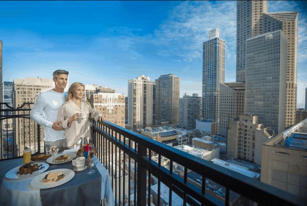 Waldorf Astoria Hotel Chicago - a romantic couple's break