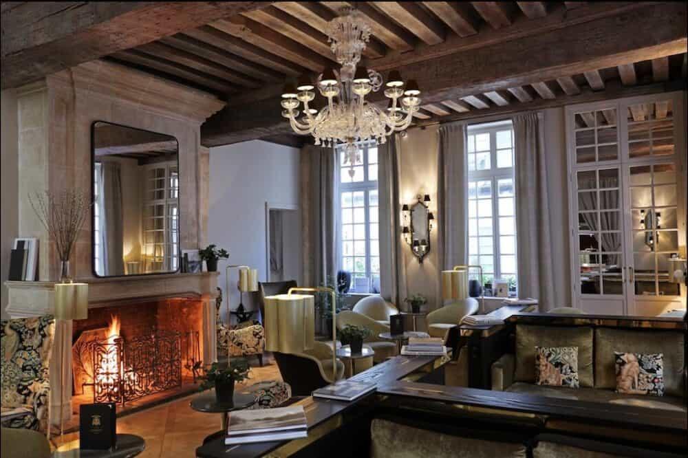 Best romantic hotels in Paris