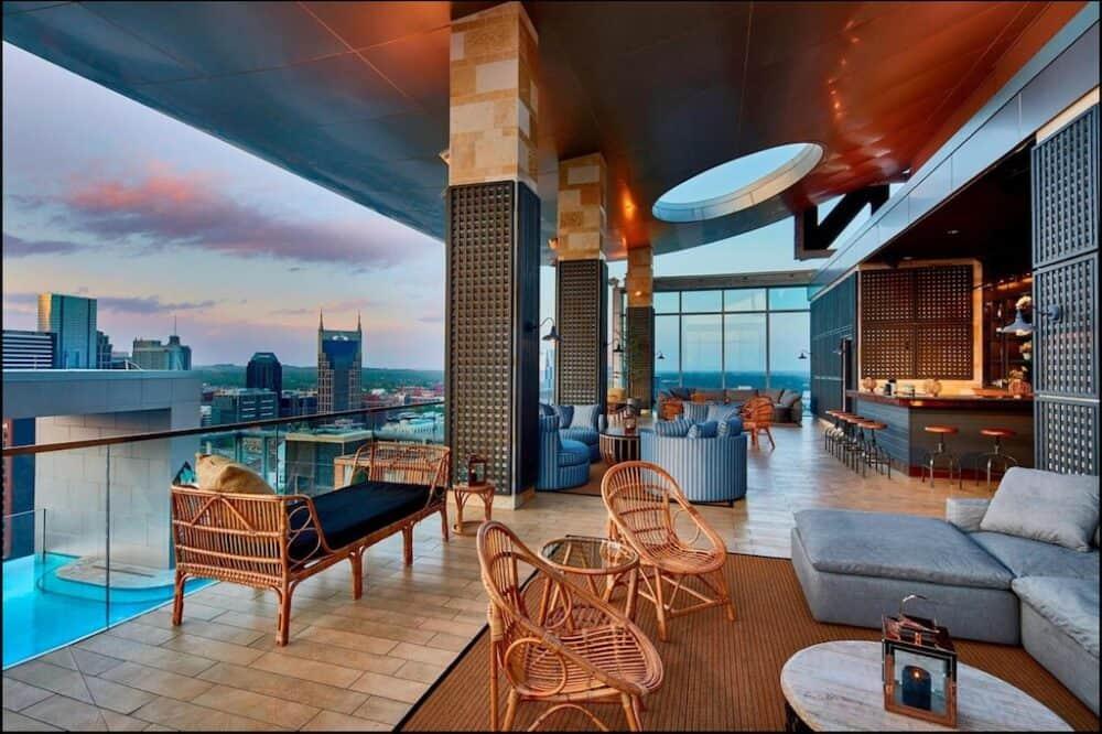 Hotel for couples in love in Nashville