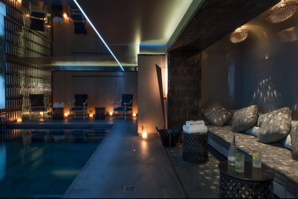 Lovely hotel in Paris