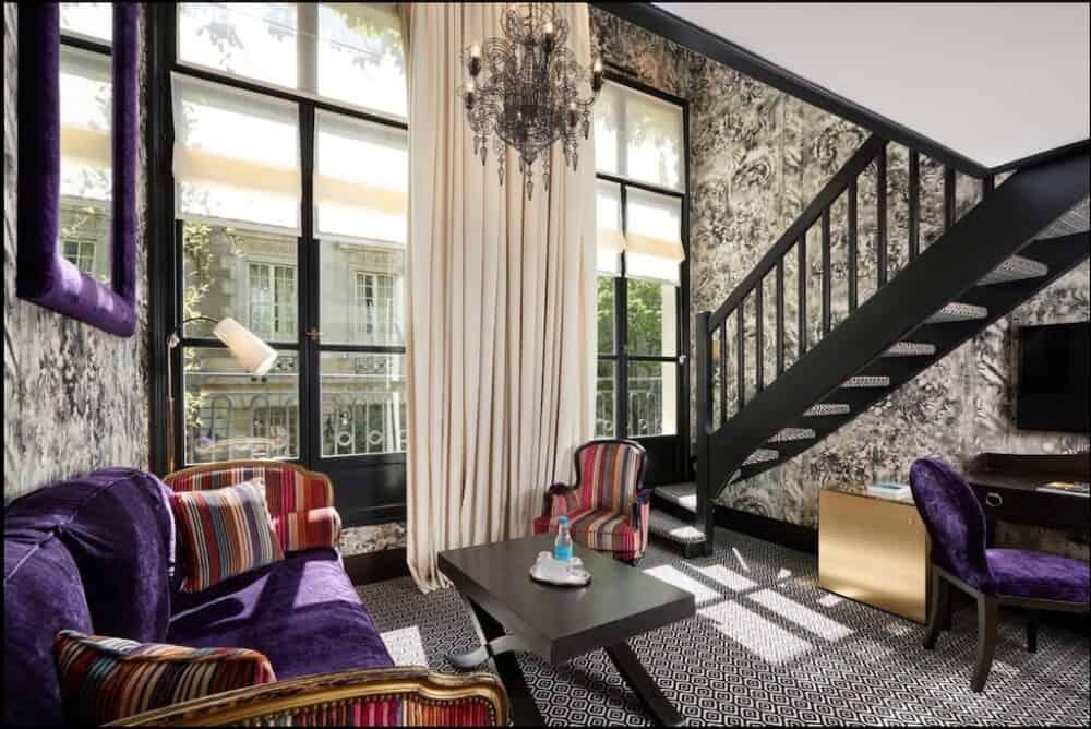 Romantic suite Paris