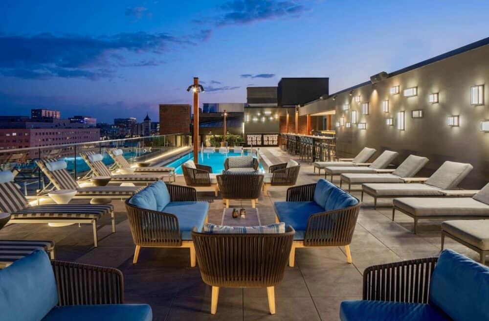 Sexy hotel in Nashville