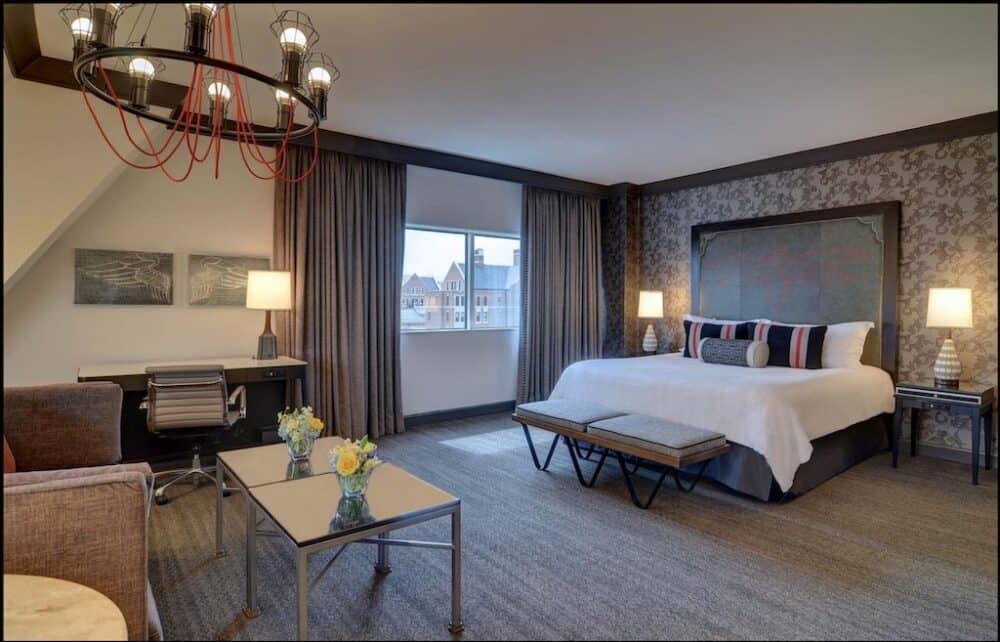 Stylishly romantic hotel in Nashville