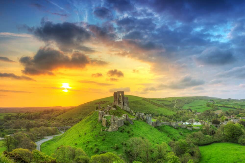 Corfe Castle - places to go in Dorset