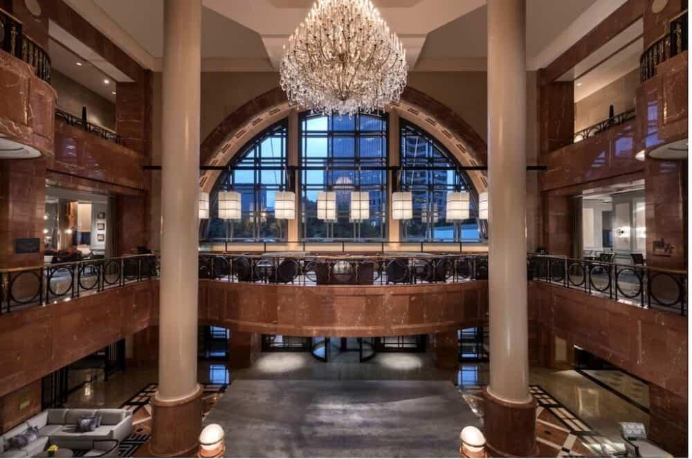 Most romantic hotels in Atlanta