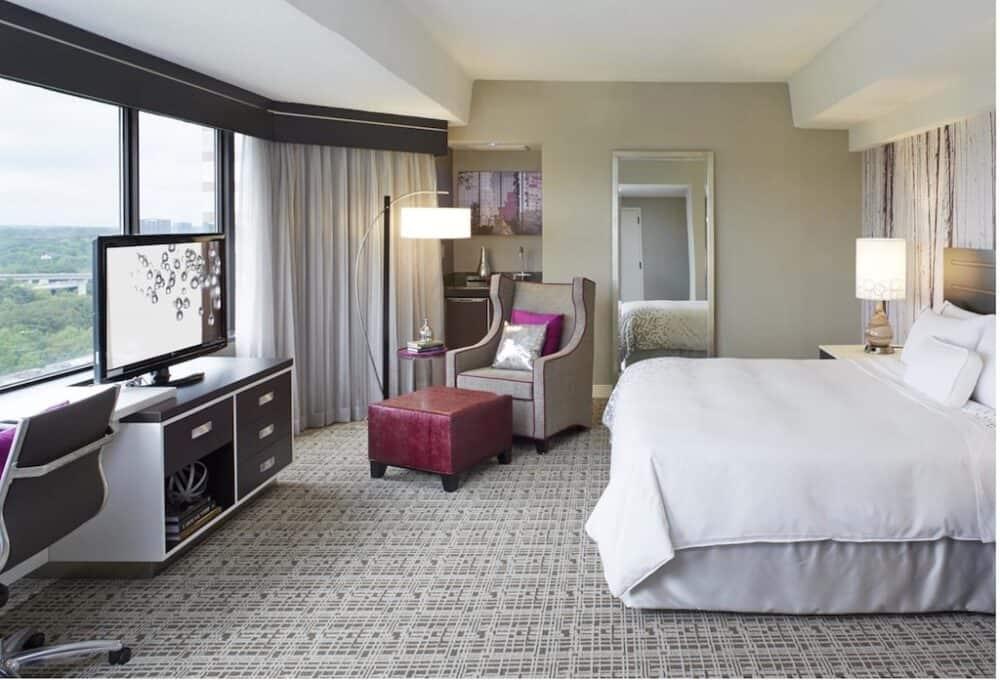 Renaissance Atlanta Waverly Hotel