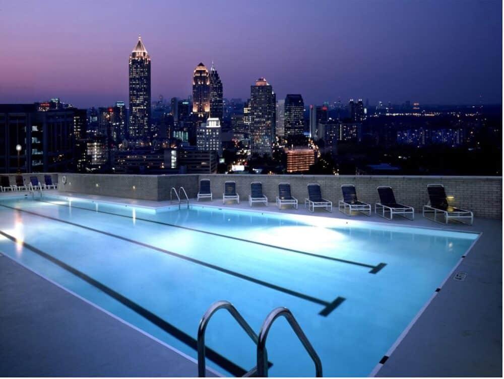 Romantic Rooftop pool Atlanta