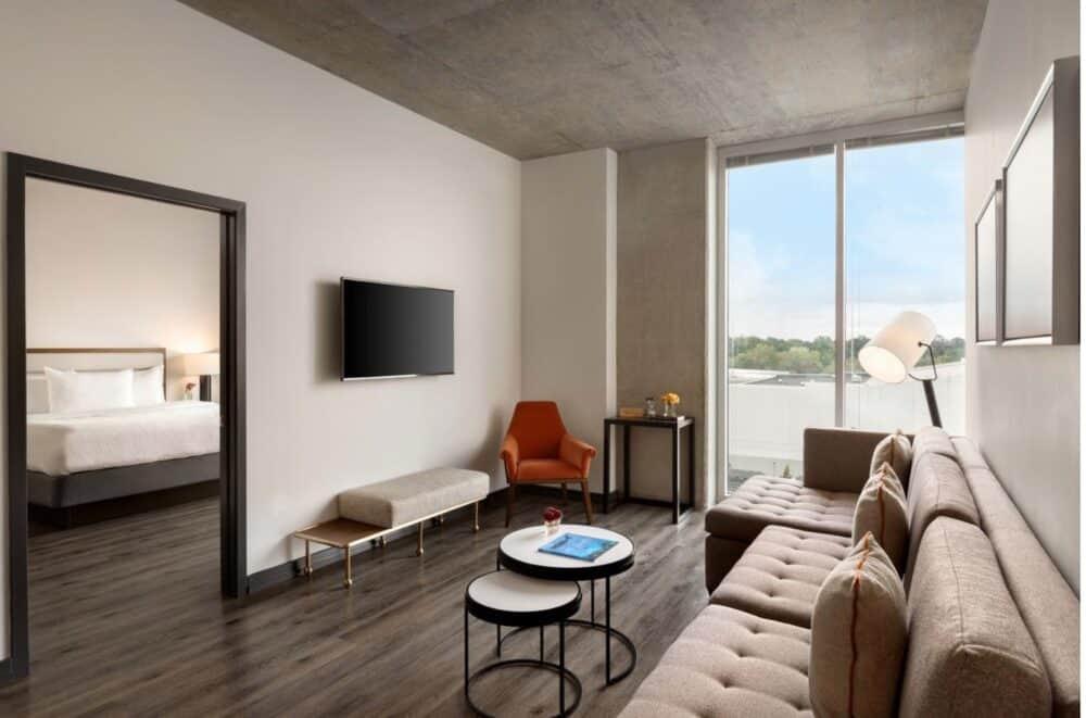 Romantic hotel room in Atlanta