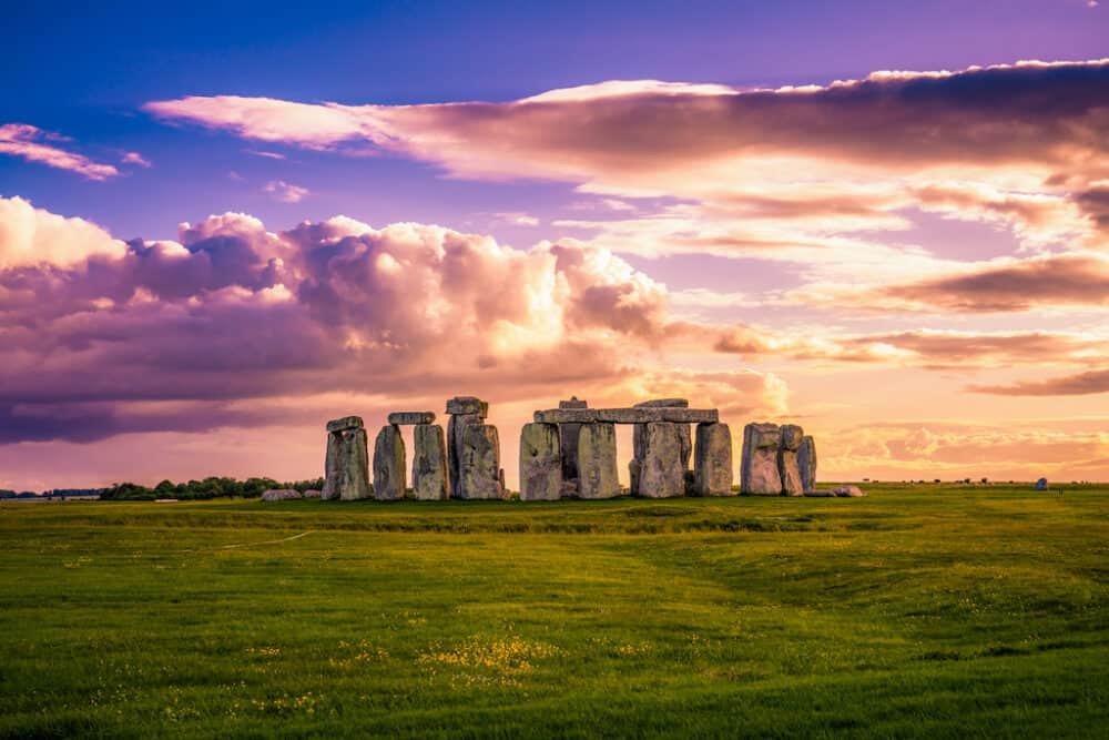 Stonehenge - great places to go in Wiltshire