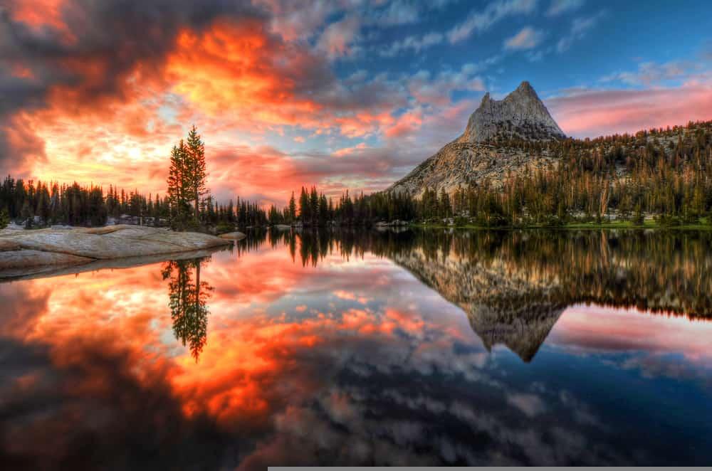 Beautiful Yosemite Sunset
