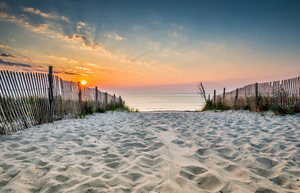 Dewey Beach - beautiful places to visit in Delaware