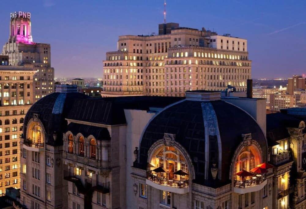 Elegant Romantic hotel Philadelphia