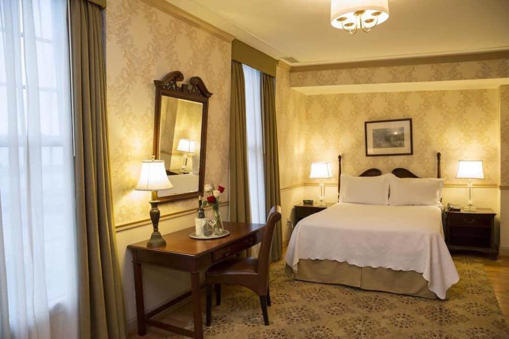 Penn's View Hotel Philadelphia