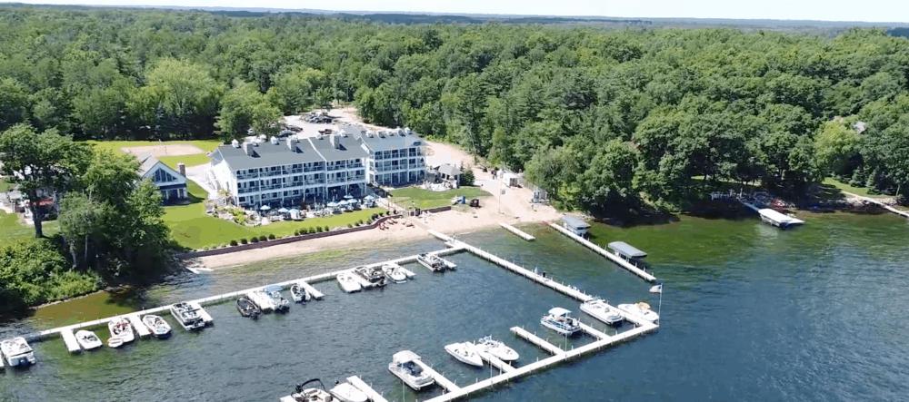 Quarterdeck Resort Minnesota