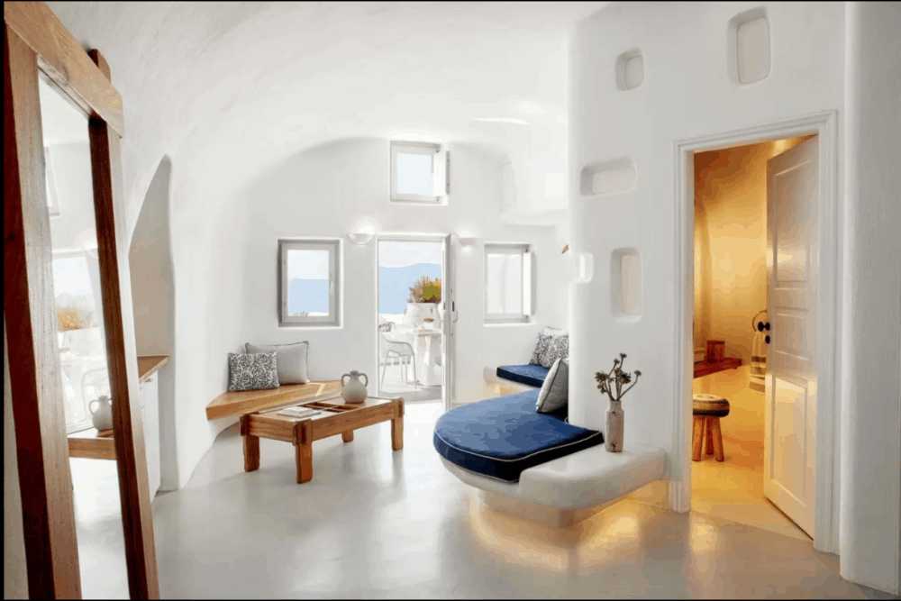 Couples hotels in Santorini