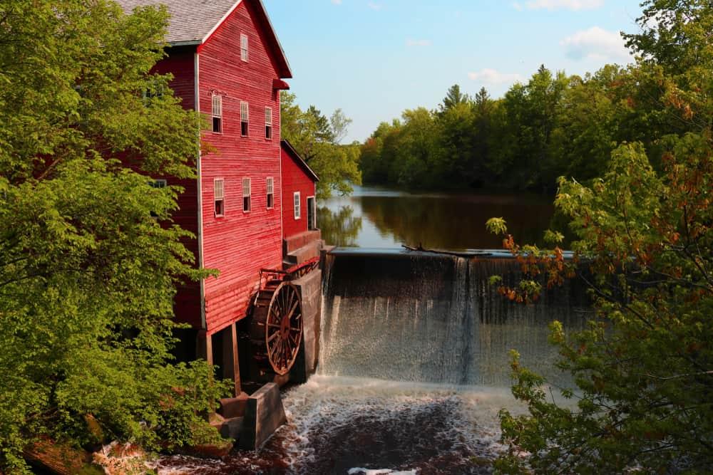 Dells Mill - beauty spots in Wisconsin