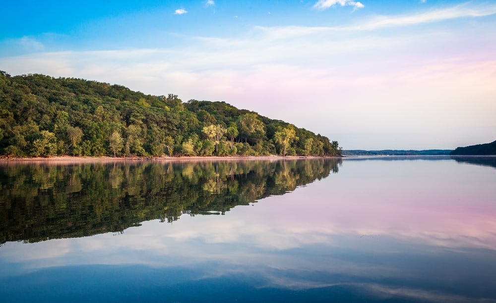 Mirror Lake - stunning places to visit in Wisconsin