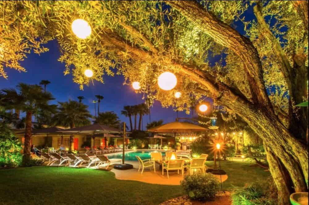 Pretty and romantic Palm Springs