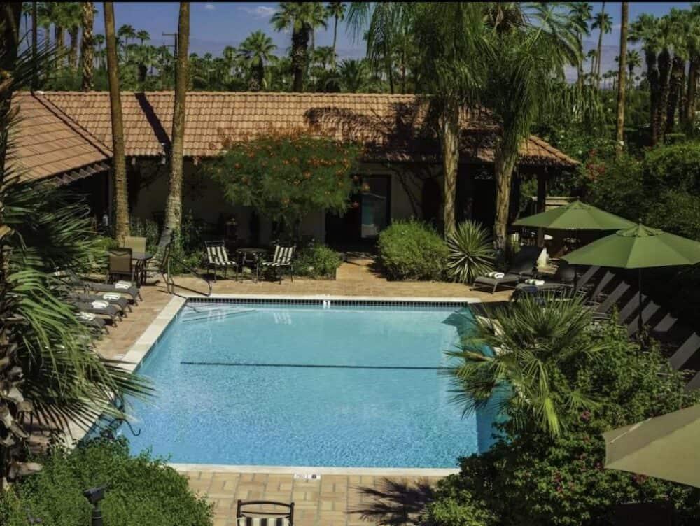 Pretty romantic Inn Palm Springs