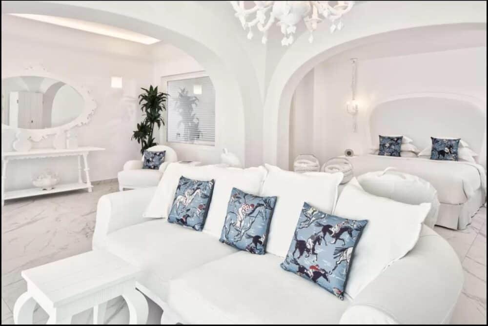 Romantic boutique Santorini