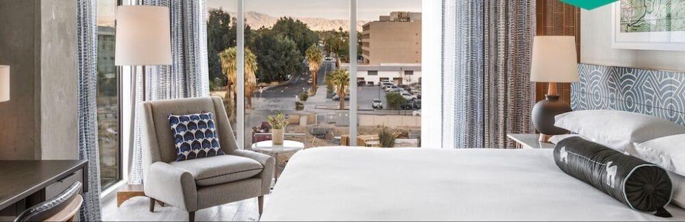 Romantic hotel views Palm Springs