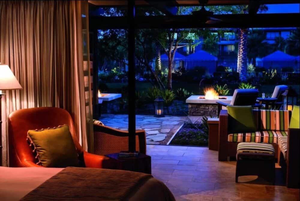 Romantic luxury Palm Springs