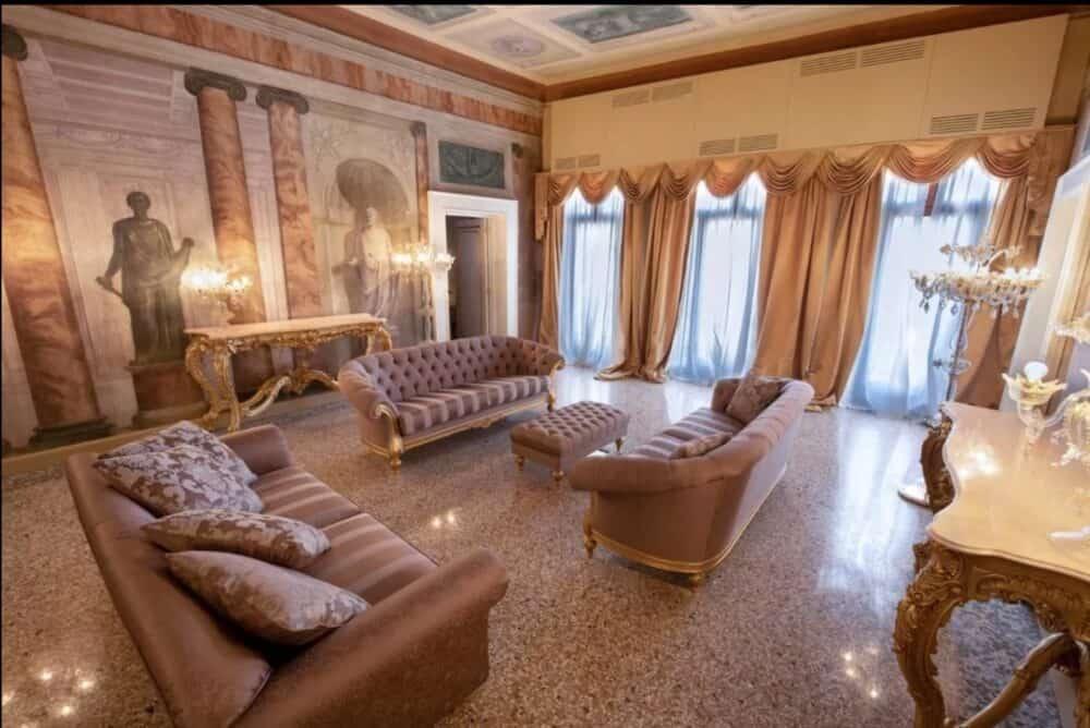Traditional Italian Romance Venice