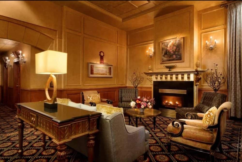 Cozy and romantic hotel in Vancouver