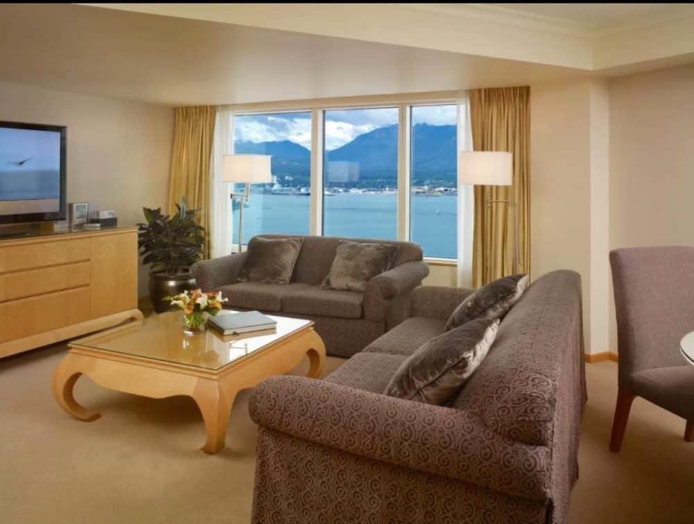 Romantic hotel suite in Vancouver