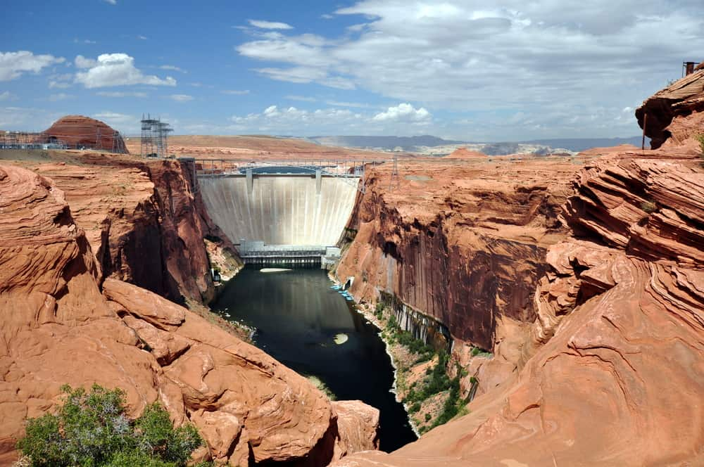 Hoover Damn - best places to visit in Las Vegas