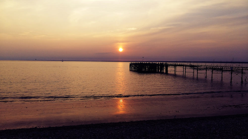 Totland - beauty spots in the Isle of the Wight