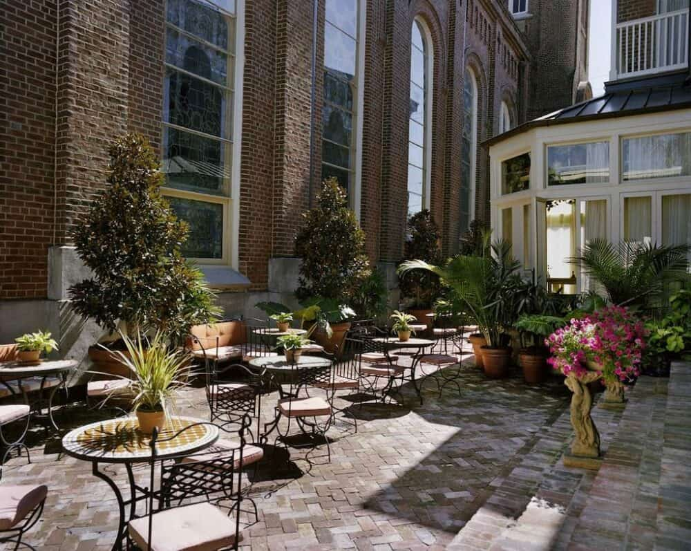 Upscale hotel in New Orleans